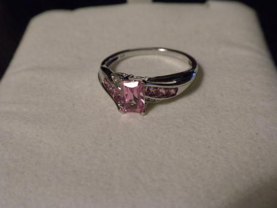 Kay Jewelers Pink Sapphire set in white gold