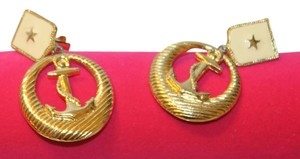 Other Beautiful Vintage Clip On Earrings
