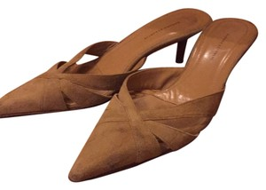 Banana Republic Beige Flats