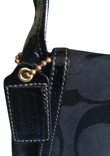 Preload https://item5.tradesy.com/images/coach-black-with-patent-leather-trim-signature-fabric-shoulder-bag-6083089-0-2.jpg?width=440&height=440