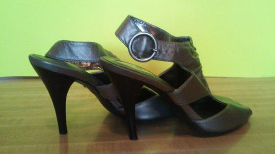 Ciao Bella pewter Pumps