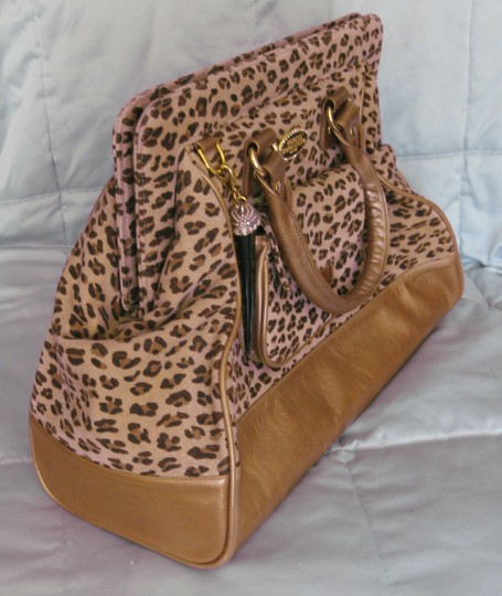 Tarina Tarantino Animal Satchel in Leopard