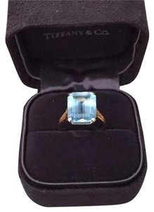 Tiffany & Co. Tiffany & Co 5.43 Ct Aqua Emerald 18 K Yellow/ Platinum Ring
