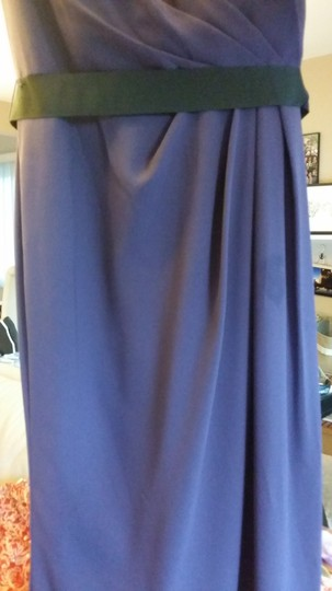 White by Vera Wang Amethyst Polyester Lining and Outer Shell Open Back Formal Bridesmaid/Mob Dress Size 0 (XS)