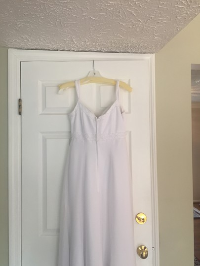 Eden White Beaded Detailing Shell and Lining: Polyester Feminine Wedding Dress Size 6 (S)