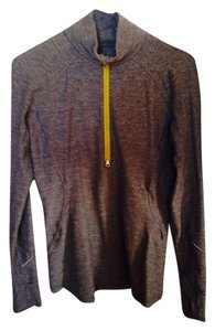 Lululemon run 1/4 zip long sleve