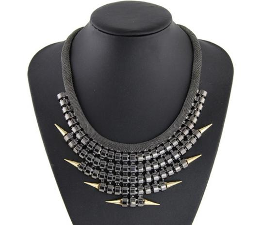 Other NWOT Jessica Alba Black Spiked Statement Necklace