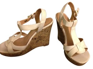 Soda Blu white Wedges