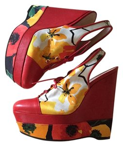 Stuart Weitzman Red/Multi Wedges