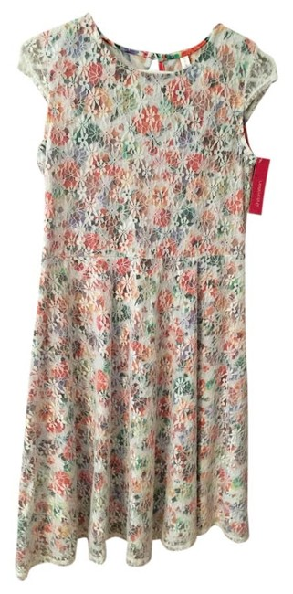 Preload https://item1.tradesy.com/images/above-knee-short-casual-dress-size-14-l-6107440-0-0.jpg?width=400&height=650