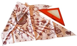 Hermès BNWT Authentic Hermes Pink Keys Triangle Scarf Original Box