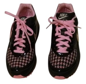 Nike Material Toe Brand New Air Classic Bw Black and Pink Athletic