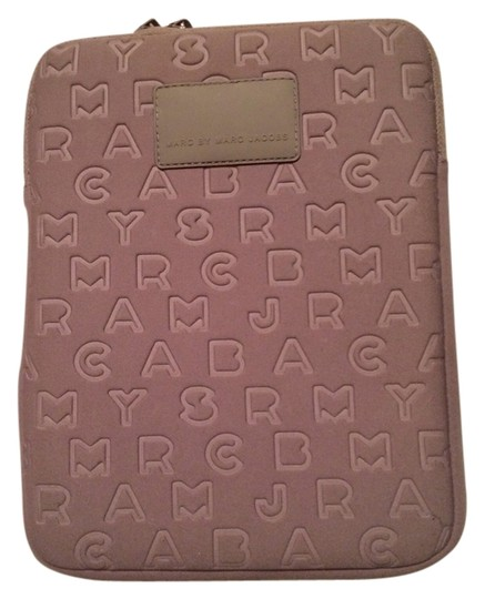 Preload https://item1.tradesy.com/images/marc-by-marc-jacobs-taupe-jumble-logo-ipad-coversleeve-tech-accessory-6117490-0-0.jpg?width=440&height=440
