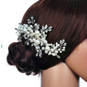Austrian Crystals & Fresh Water Pearls Leaf Flower Bridal Comb Wedding Hair Pin