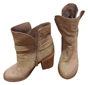 Sam Edelman Fall Suede Nude putty Boots