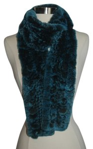 Belle Fare Belle Fare New without tags Blue rabbit fur scarf