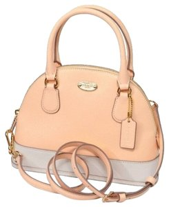 Coach Satchel in Gold/Appricot/Chalk
