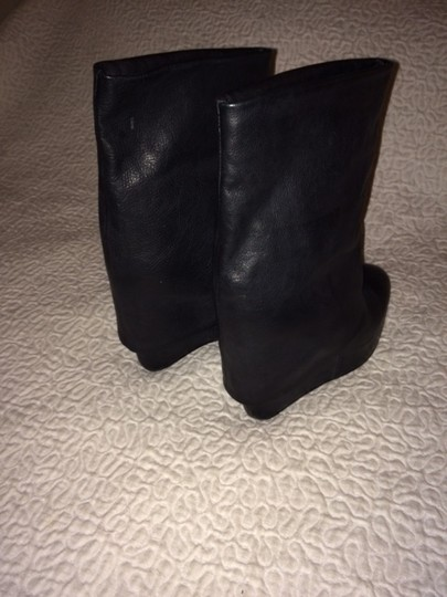 Vera Wang Lavender Midcalf Platform Wedge Leather Black Boots