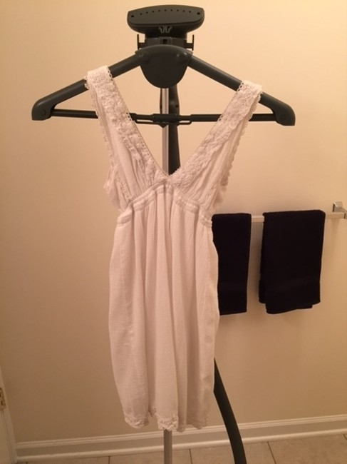 Guess short dress White Summer Lace Lace Trim Party Mini V-neck Cotton Blend on Tradesy