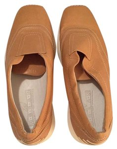 Hogan Tan Flats