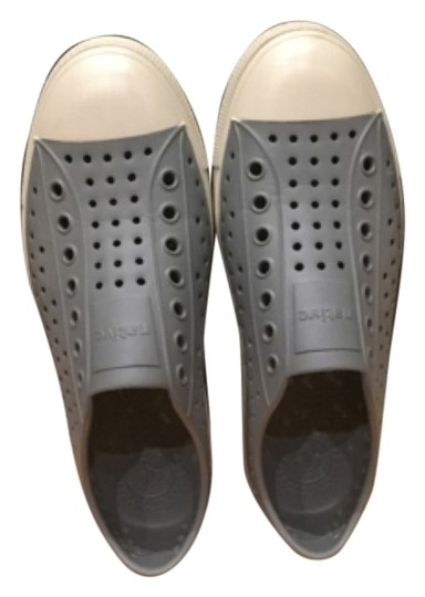 Native Intimates Gray Flats