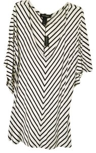 White House | Black Market Top White/black stripes