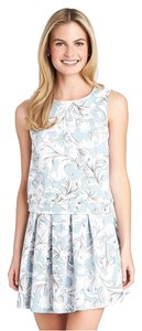 1.STATE Nordstroms Floral Scuba Tanktop Top Blue and white