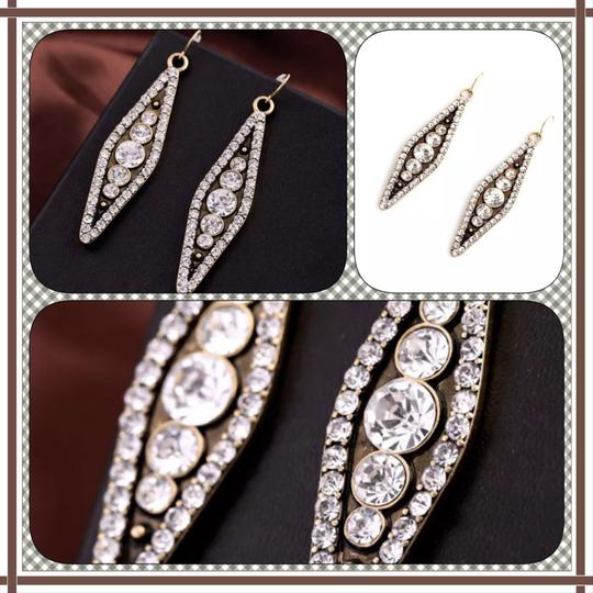 Other Brand New Crystal Pea in Pod Earrings