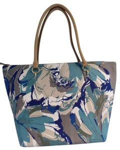 The Limited Tote in Blue and Grey