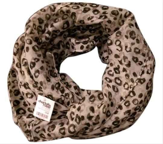 Preload https://img-static.tradesy.com/item/6133408/charlotte-russe-leopard-infinity-scarf-6133408-0-0-540-540.jpg