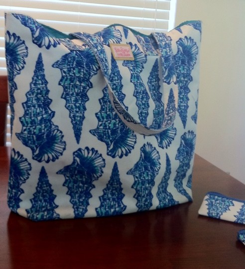 Lilly Pulitzer Tote in Blue And White