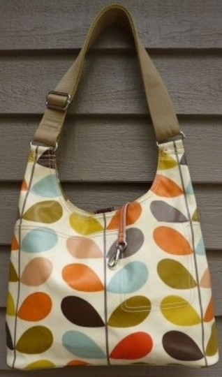 Preload https://img-static.tradesy.com/item/6137/orla-kiely-single-stem-pr-multi-color-on-cream-cotton-with-pu-coating-canvas-and-leather-trim-should-0-0-540-540.jpg