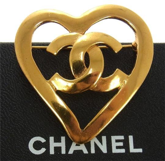 Chanel Gold Heart CC Logo Brooch