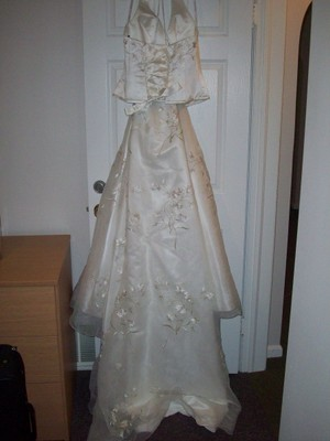 Oleg Cassini Cv006 Wedding Dress