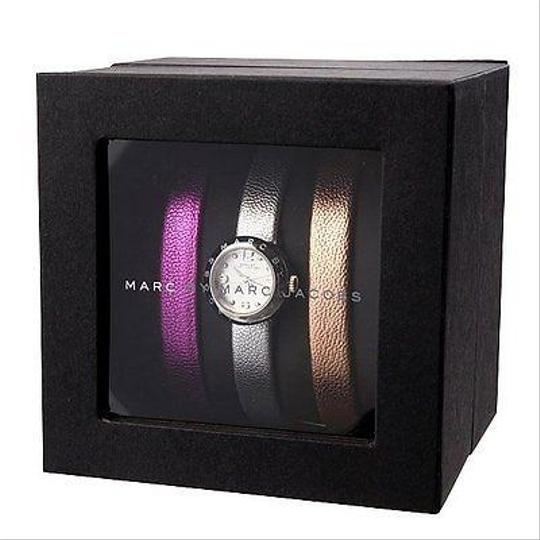 Marc by Marc Jacobs NEW Marc by Marc Jacobs metallic Leather sliver Watch SET MBM9043