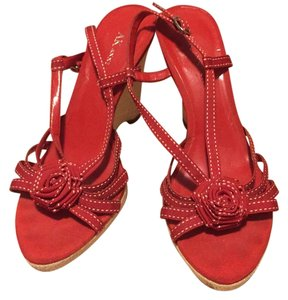 AK Anne Klein Red Wedges
