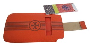 Tory Burch TORY BURCH Roslyn Pull Leather Pouch holds up to 10 Cards