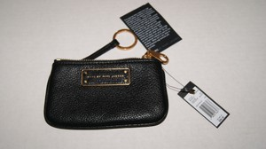 Marc by Marc Jacobs MARC by MARC JACOBS Leather Zip Coin/Card/Key Purse NWT