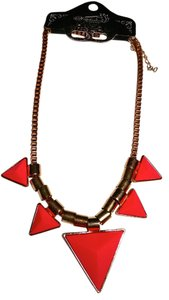 New Pink Triangle Bib Necklace Gold Tone New Jewelry J1286