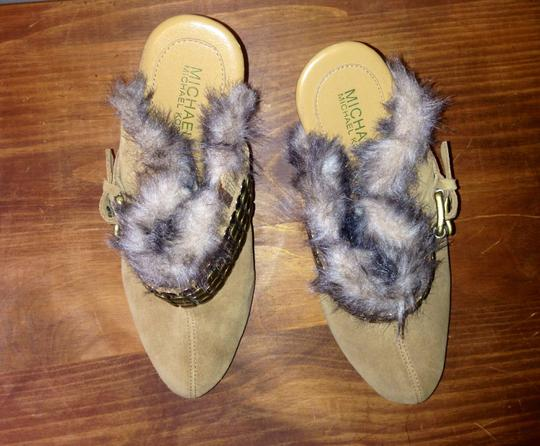 MICHAEL Michael Kors Gold Toned Buckle Suede Faux Fur Tan Mules
