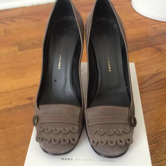 Marc by Marc Jacobs Gray Pumps