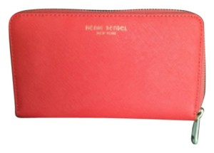 Henri Bendel West 57th Medium Zip Wallet