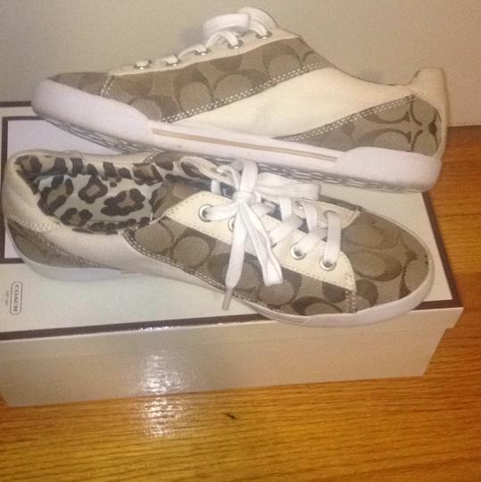 Coach Sneakers Pattern C's Cheetah White Brown Sneakers Active Activewear Athletic