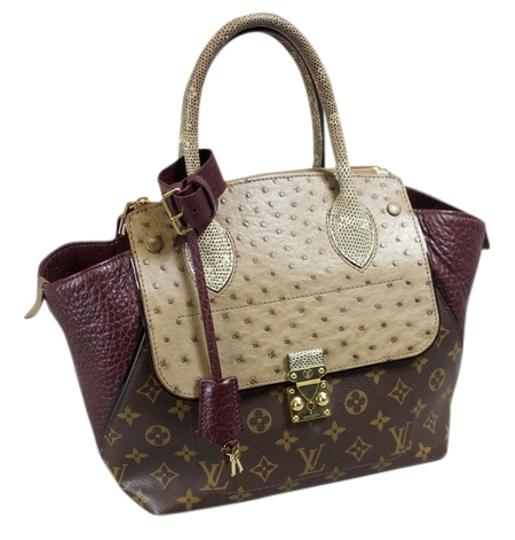 Preload https://item2.tradesy.com/images/louis-vuitton-majestueux-python-mm-bordeaux-burgandymonogram-brown-ostrich-leather-tote-6149401-0-0.jpg?width=440&height=440