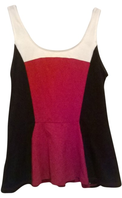 Preload https://item2.tradesy.com/images/express-red-black-and-white-tunic-size-8-m-6149821-0-0.jpg?width=400&height=650