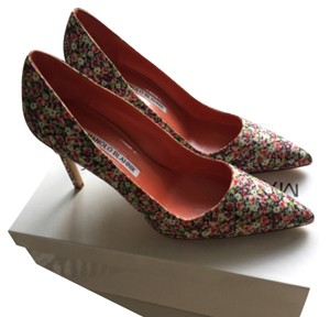 Manolo Blahnik Bb Stiletto Floral Pumps