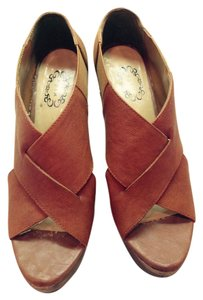 Varn brown Pumps