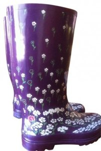 Rampage Stylish Comfortable Trendy Pretty Unique Stretchy Purple Floral Boots