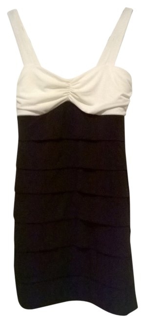Preload https://img-static.tradesy.com/item/6173236/sweet-storm-black-and-white-mid-length-cocktail-dress-size-12-l-0-0-650-650.jpg