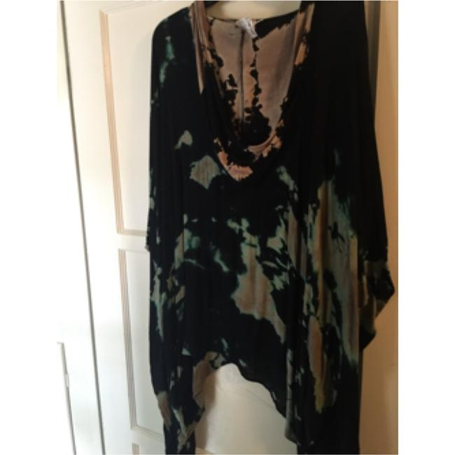 Vocal, made in usa rayon mixture with Swarovski Crystal tie-dye hoodie button up.. Can dress up for evening out Gorgeous , sold and boutiques for $300 Sweatshirt